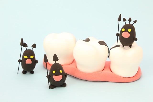 虫歯の人形